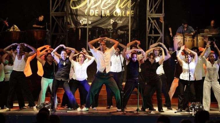 Compañía Ópera de la Calle.