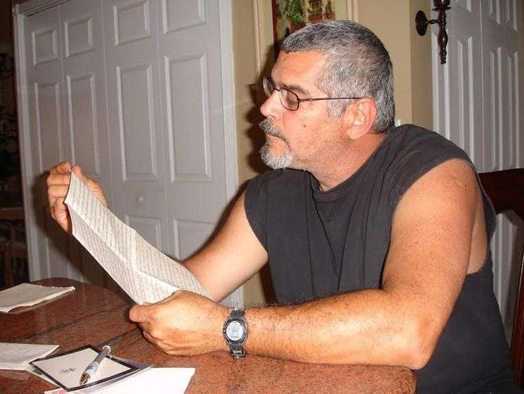 Frank León, destinatario de las cartas. Foto cortesía de Juan Carlos Roque.