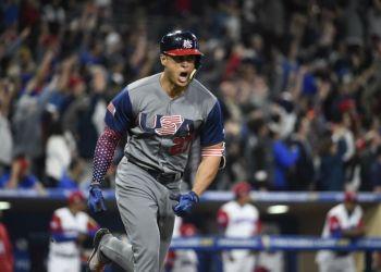 Aunque con ausencias, los estadounidenses han peleado cada juego en el Clásico. Foto: AFP.