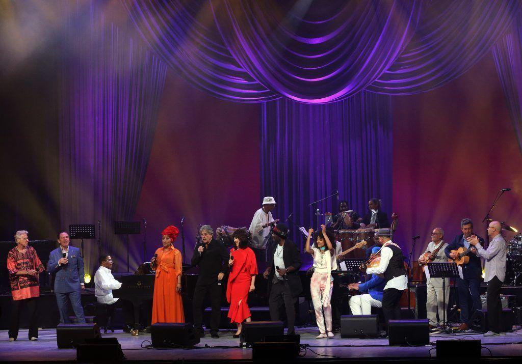 Artistas cubanos e internacionales en el concierto por el Día Internacional del Jazz el 30 de abril de 2017. Gran Teatro de La Habana Alicia Alonso. Foto: EFE.
