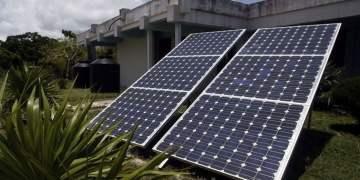Paneles solares en Cuba. Foto: IPS.