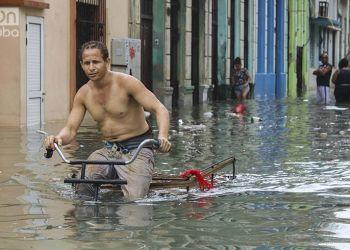 La Habana es uno de los principales destinos turísticos de la Isla. En la foto, el centro de la ciudad después del huracán Irma. Foto: Natalia Favre.
