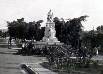 Monumento a Tomás Estrada Palma inaugurado en Santiago de Cuba en 1918. Foto: archivo de Ignacio Fernández Díaz.