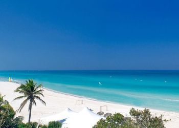 "Varadero, la ""Playa Azul"" de Cuba. Foto: luxurymeliacuba.com."