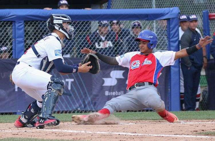 El béisbol cubano, en sus diferentes categorías, tuvo un año desastroso en eventos internacionales. Foto: Béisbol-Facetas.