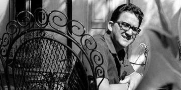 """Heberto Padilla, autor de Fuera del Juego, ganador del premio de Poesía """"Julián del Casal"""", en 1968. Fue el inicio de """"el caso Padilla"""". Foto: Tomada de libretadenorberto.blogspot.com.es"""