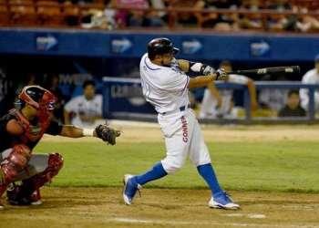 Michel Enríquez en México, como jugador de los Centinelas de Mexicali. Foto: agpnoticias.com.