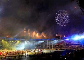 Barranquilla despide oficialmente la edición 23 de los Juegos Centroamericanos y del Caribe que dejaron a México como el país vencedor con 132 oros, a Cuba en segundo puesto con 102 y la delegación anfitriona, Colombia, en tercer lugar con 79. Foto: Ricardo Maldonado Rozo/EFE.