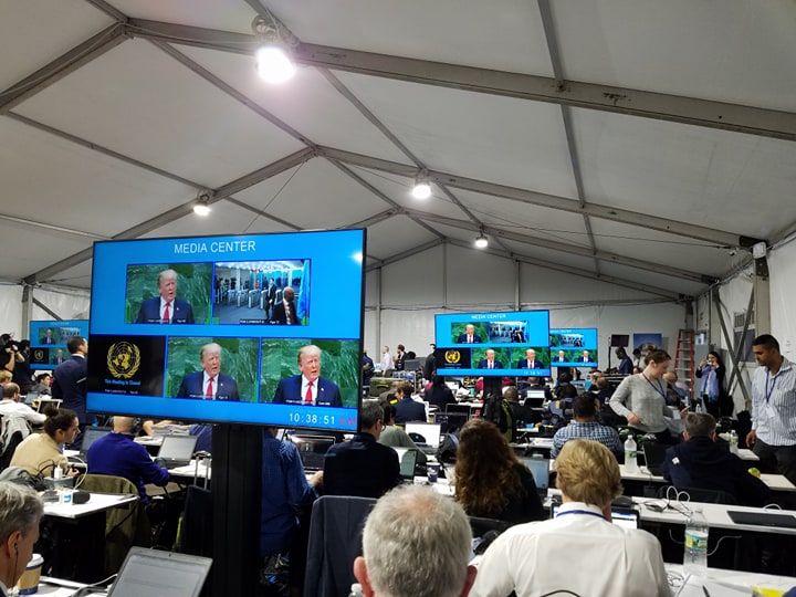 """En la sala de medios de la ONU también hubo carcajadas cuando Trump dijo que su administraciòn """"ha hecho más que ninguna otra"""". Foto: Marita Pérez Dìaz."""