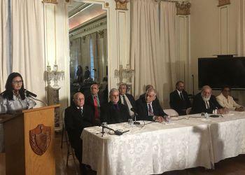 Conferencia de prensa en Washington del equipo de expertos cubanos que intercambió con sus homólogos estadounidenses que investigaron los supuestos ataques a diplomáticos de EE.UU. en La Habana. Foto: @JoseRCabanas / Twitter.