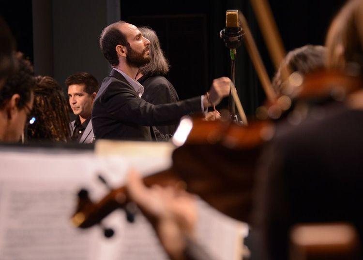 Orquesta del Lyceum Mozartiano de La Habana, dirigida por el Maestro José A. Méndez. Foto: Nestor Martí.