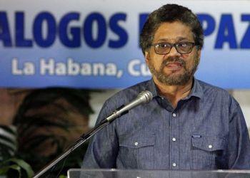 El exguerrillero Iván Márquez, líder de las FARC, durante los diálogos de paz en La Habana. Foto: zonacero.com