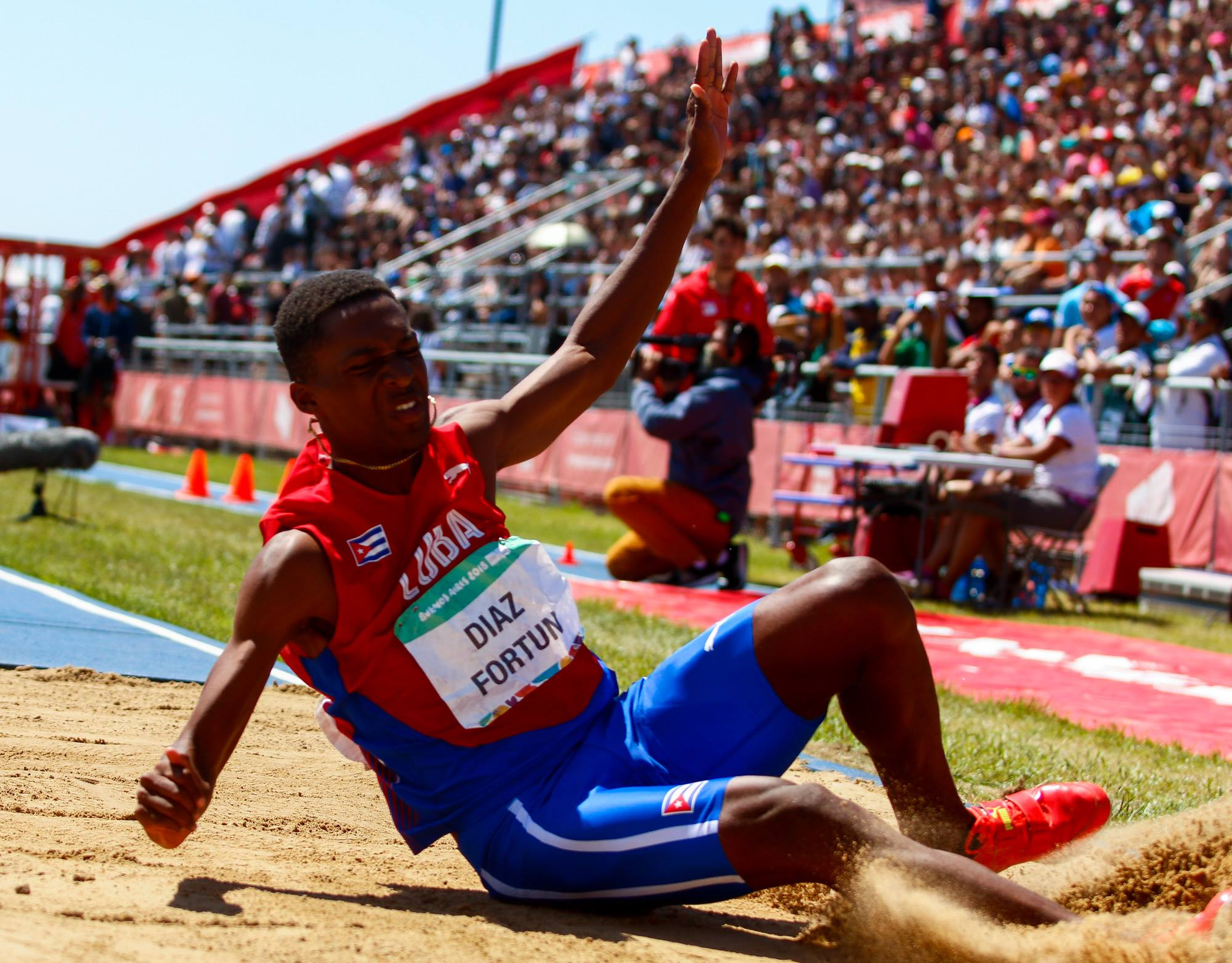Jordan Díaz no dejó margen a las dudas y mostró el potencial cubano en el triple salto. Foto: Calixto Llanes/Jit
