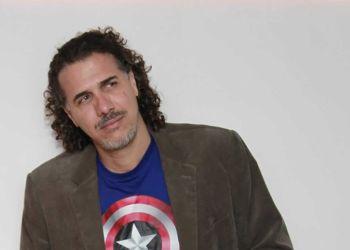 Robertico Carcassés. Foto: Tomada de su perfil en Facebook.