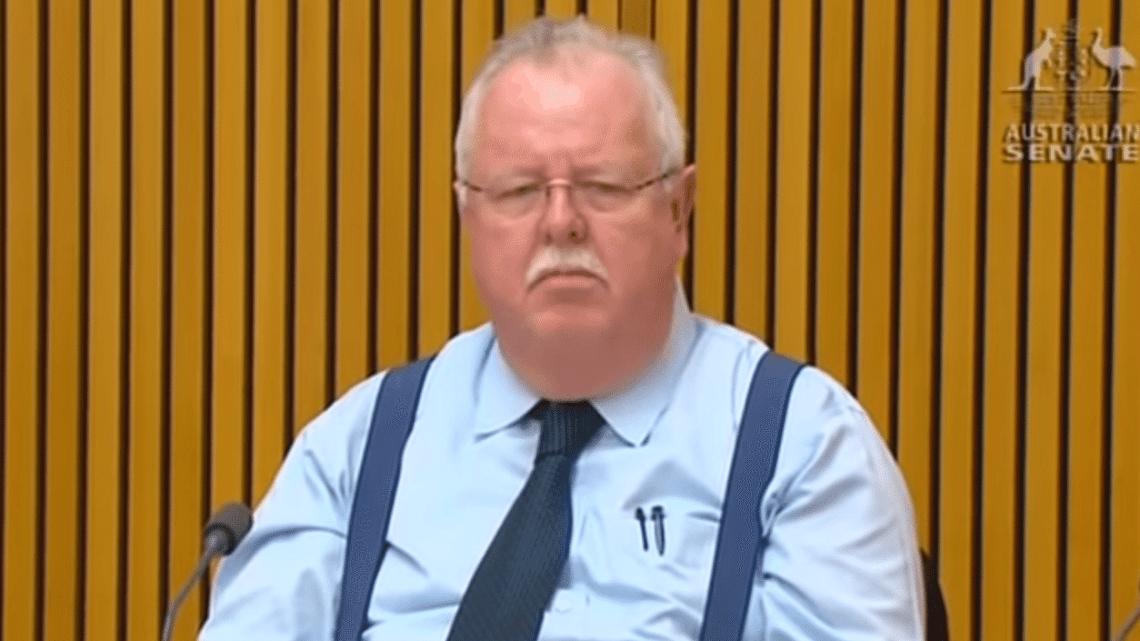 El senador australiano Barry O'Sullivan.