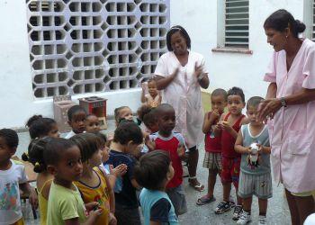 """Círculo Infantil (guardería estatal) """"Amiguitos de Piong Yang"""" en La Habana. Foto: nodo50.org"""