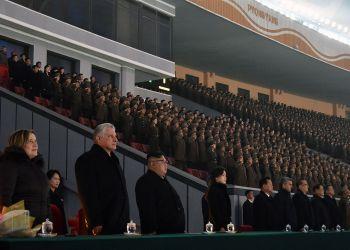 El presidente cubano, Miguel Díaz-Canel (2-izq) junto al líder norcoreano, Kim Jong Un (3-izq), durante la visita del mandatario de la Isla aPyongyang en noviembre pasado. Foto: Estudios Revolución / Juventud Rebelde.