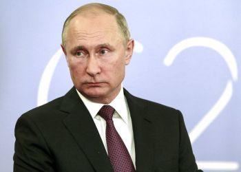 El presidente ruso Vladimir Putin hace declaraciones a la prensa al término de la cumbre del G20 en Buenos Aires, Argentina, el sábado 1 de diciembre de 2018. Foto: Mikhail Klimentyev, Sputnik, Foto Pool del Kremlin vía AP.