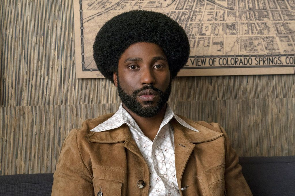 "John David Washington en una escena de ""BlacKkKlansman"". (David Lee/Focus Features vía AP)"