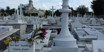 Tumba de José Raúl Capablanca. Foto: Lourdes Cairo.