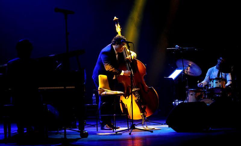 Gastón Joya se presenta durante el Festival Jazz Plaza 2019. Foto: Yaner Zamora / EFE.