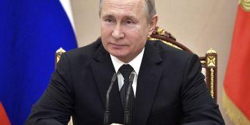 El presidente ruso Vladimir Putin preside una reunión de seguridad en Moscú, el viernes 1 de febrero de 2019. Foto: Alexei Nikolsky / Sputnik / Kremlin Pool vía AP.