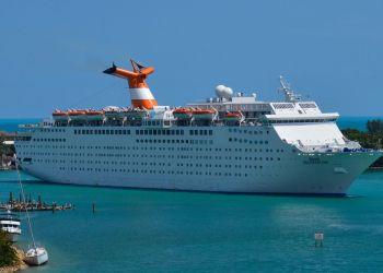 El barco Grand Celebration, de la compañía de cruceros Bahama Paradise. Foto: kidskunst.info