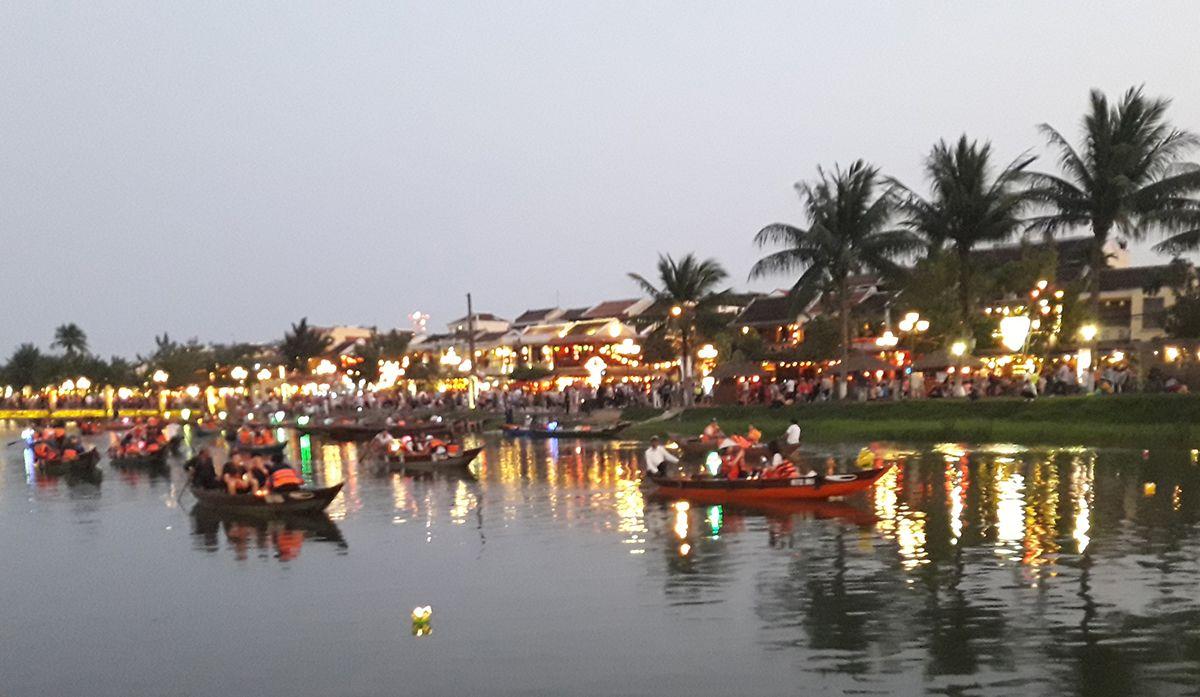 Hoiang es un pueblo de pescadores donde las tradiciones se han convertido en atractivo turístico que permite elevar el nivel de vida de los pobladores. Foto: Raquel Pérez.