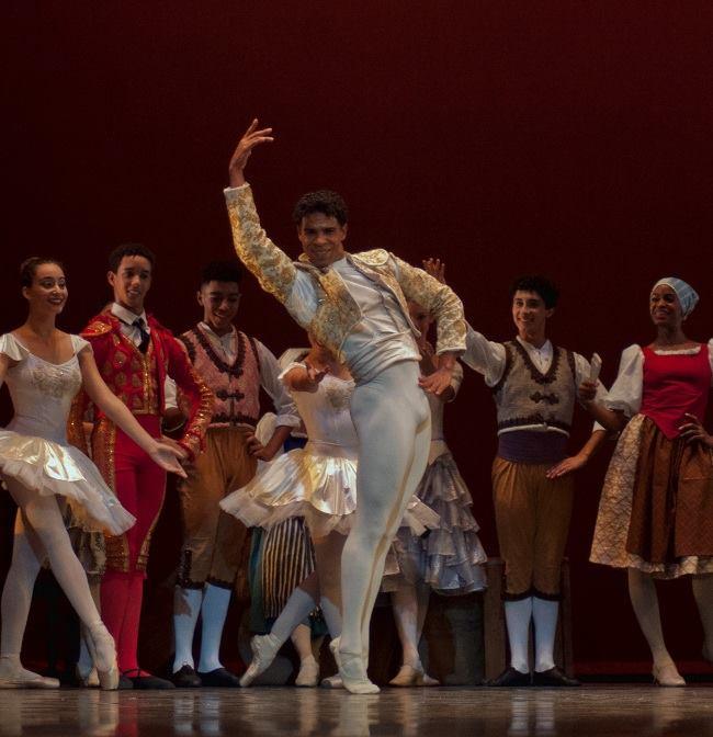 Foto: Yuris Nórido/ Acosta Danza.