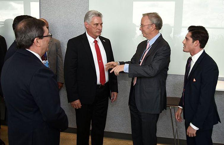 Miguel Díaz-Canel se reunió con directivos de empresas tecnológicas de Estados Unidos en la sede de Google en Nueva York, 24 de septiembre de 2018. Foto: Estudios Revolución.