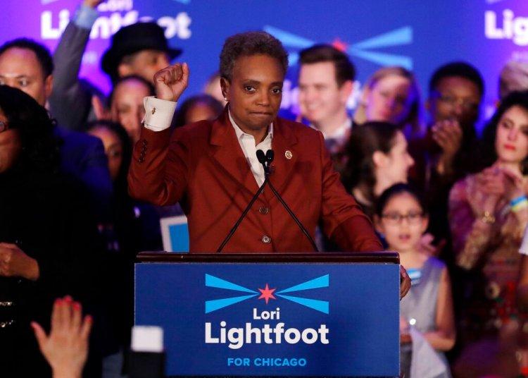 Lori Lightfoot durante su festejo electoral por la alcaldía de Chicago el martes 2 de abril de 2019. Foto: Nam Y. Huh / AP.