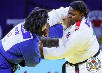 Idalis Ortiz (d), principal carte de triunfo del judo cubano. Foto: International Judo Federation.