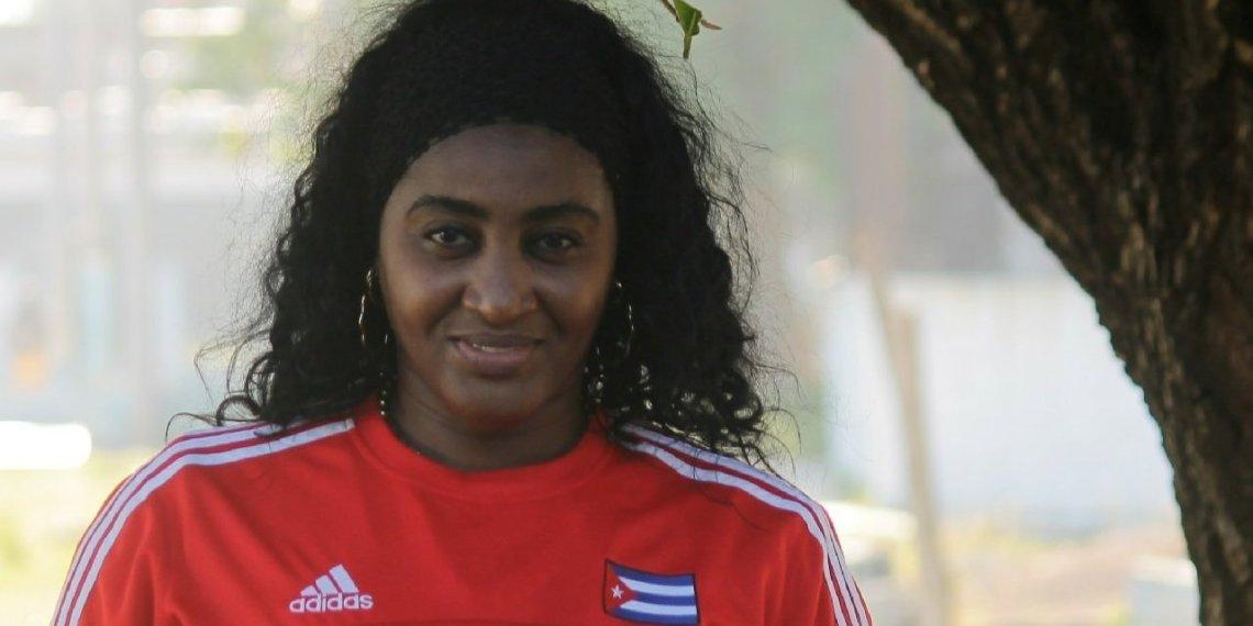Idalmis Gato,una de las voleibolistas que ganó tres títulos olímpicos con las Morenas del Caribe. Foto: Boris Luis Cabrera.