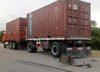 Camión de carga estatal involucrado en el accidente de este 24 de junio de 2019 en el municipio de Songo-La Maya, en Santiago de Cuba. Foto: radiorebelde.cu