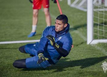 Cristian Joel en un entrenamiento con el Sporting. Foto: Tomada de El Desmarque