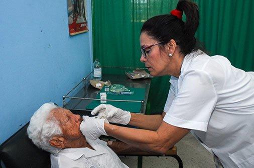 Amplía Cuba atención al cáncer de piel  con HeberFERÔN