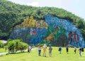 Mural de la prehistoria en Viñales. Foto: Otmaro Rodríguez.