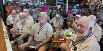 """Dobles"" de Hemingway. Foto: Tampa Bay / AP."