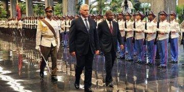 Miguel Díaz-Canel, presidente de Cuba, recibió a João Manuel Gonçalves (C. der.), presidente de Angola, en el Palacio de la Revolución, La Habana, 1ro de julio de 2019. Foto: Estudios Revolución.