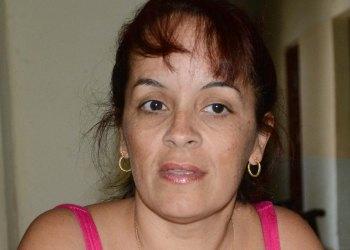 La poeta, diseñadora y editora cubana Déborah García. Foto: La Jiribilla / Archivo.