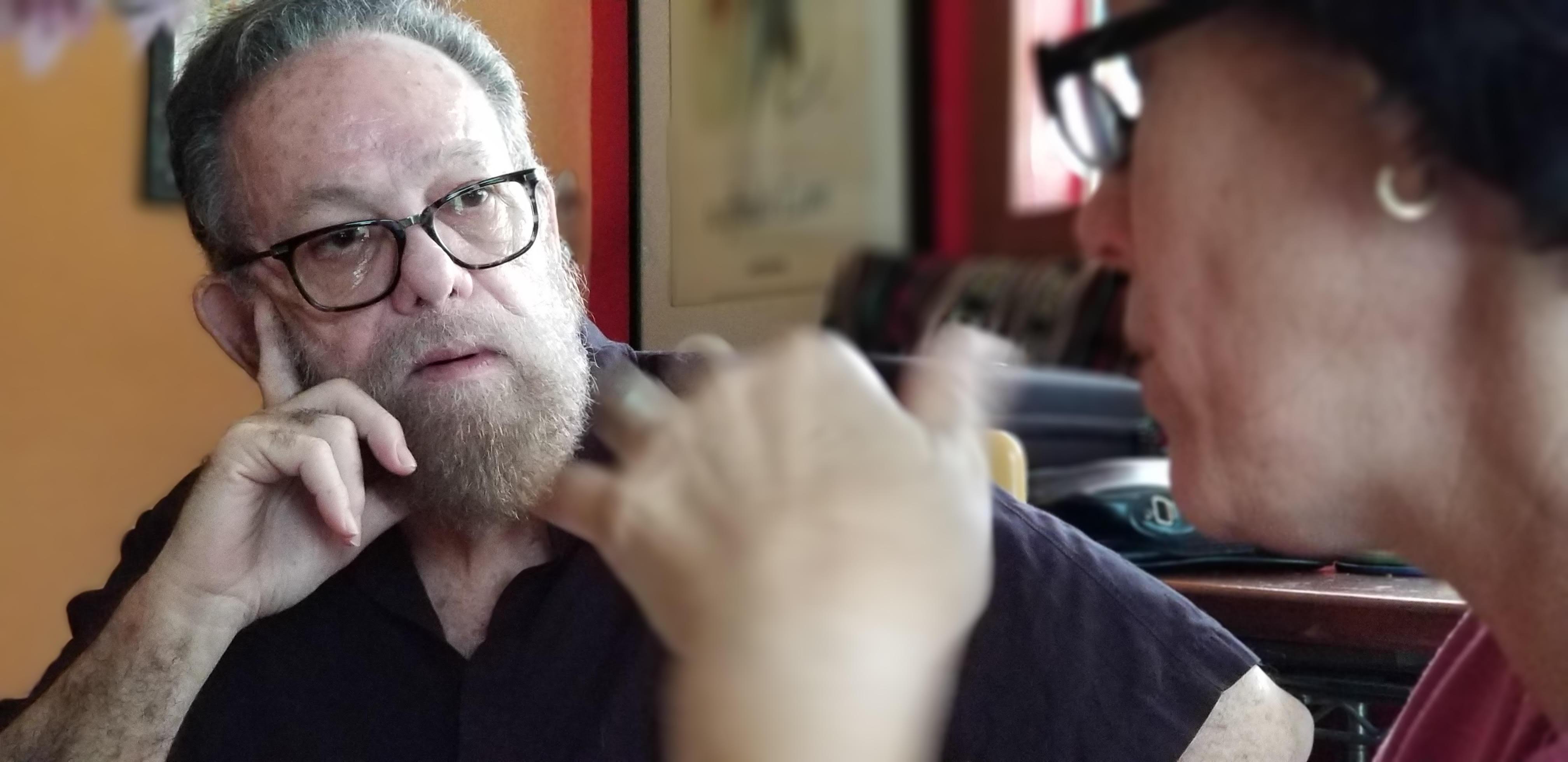 El director Alberto Sarraín en entrevista con la autora. Foto: Daniel Correa.