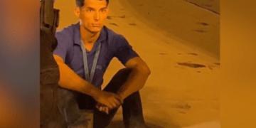 El polizón aéreo cubano Yunier García Duarte. Foto: Captura de video Telemundo 51.