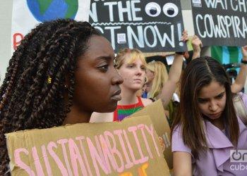 Huelga en Miami Beach, Florida, por el cambio climático, el 20 de septiembre de 2019. Foto: Marita Pérez Díaz.
