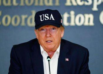El presidente Donald Trump habla en la Agencia Federal para el Manejo de Emergencias, el domingo 1 de septiembre de 2019, en Washington. (AP Foto/Jacquelyn Martin)