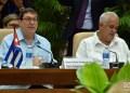 El canciller Bruno Rodríguez (izq) junto a otro miembro de la delegación cubana durante el Segundo Consejo Conjunto Cuba-UE, celebrado en La Habana el 9 de septiembre de 2019. Foto: Otmaro Rodríguez