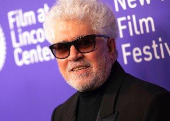 """El cineasta español Pedro Almodóvar asiste al estreno de """"Dolor y gloria"""" en el Festival de Cine de Nueva York, el sábado 28 de septiembre del 2019. Foto: Brent N. Clarke/Invision/AP."""
