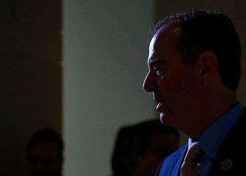 El presidente de la Comisión de Inteligencia de la Cámara de Representantes, Adam Schiff. Foto: Susan Walsh/AP.