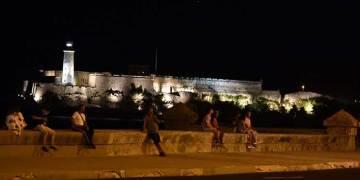 Habana-Morro-Iluminado-pl