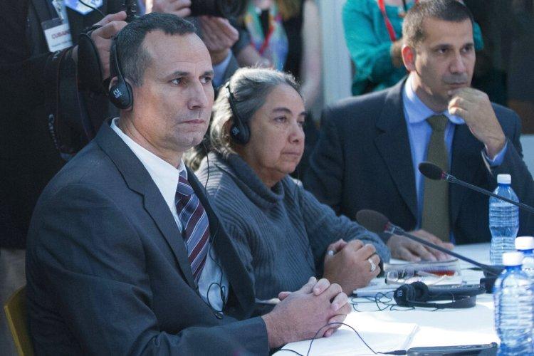 Liberado en Cuba disidente José D. Ferrer, que cumplirá prisión domiciliaria