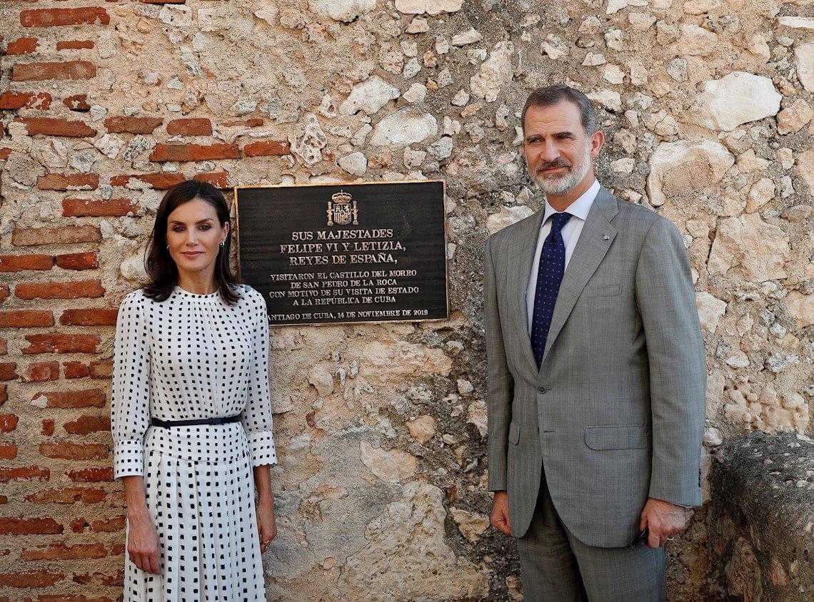 Reyes de España se despiden de Cuba tras visita a Santiago - OnCubaNews